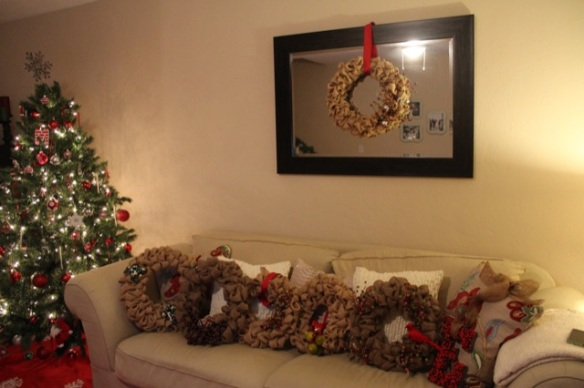 burlap bubble wreaths