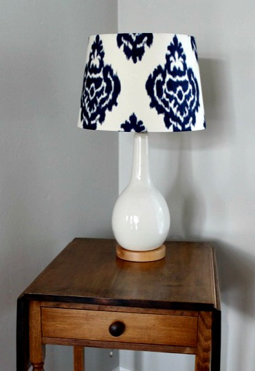 ceramic-wood-base-lamp