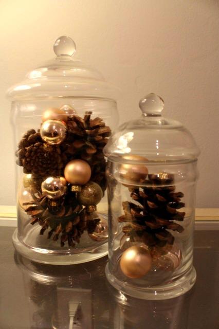 christmas-apothecary-jars-2012-3